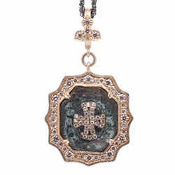 Closeup image for View 18K Owl Amulet With Blue Sapphire And Diamond Pave By Temple St. Clair