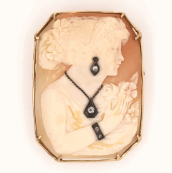 "Closeup photo of 14K Yellow Gold Fine Quality Shell Cameo with .15tcw Diamonds 16.8g, 2"" tall"