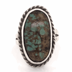 "Closeup photo of 925 Sterling Vintage Native Oval Turquoise Ring 7.0g, s7.75 1"" Long"