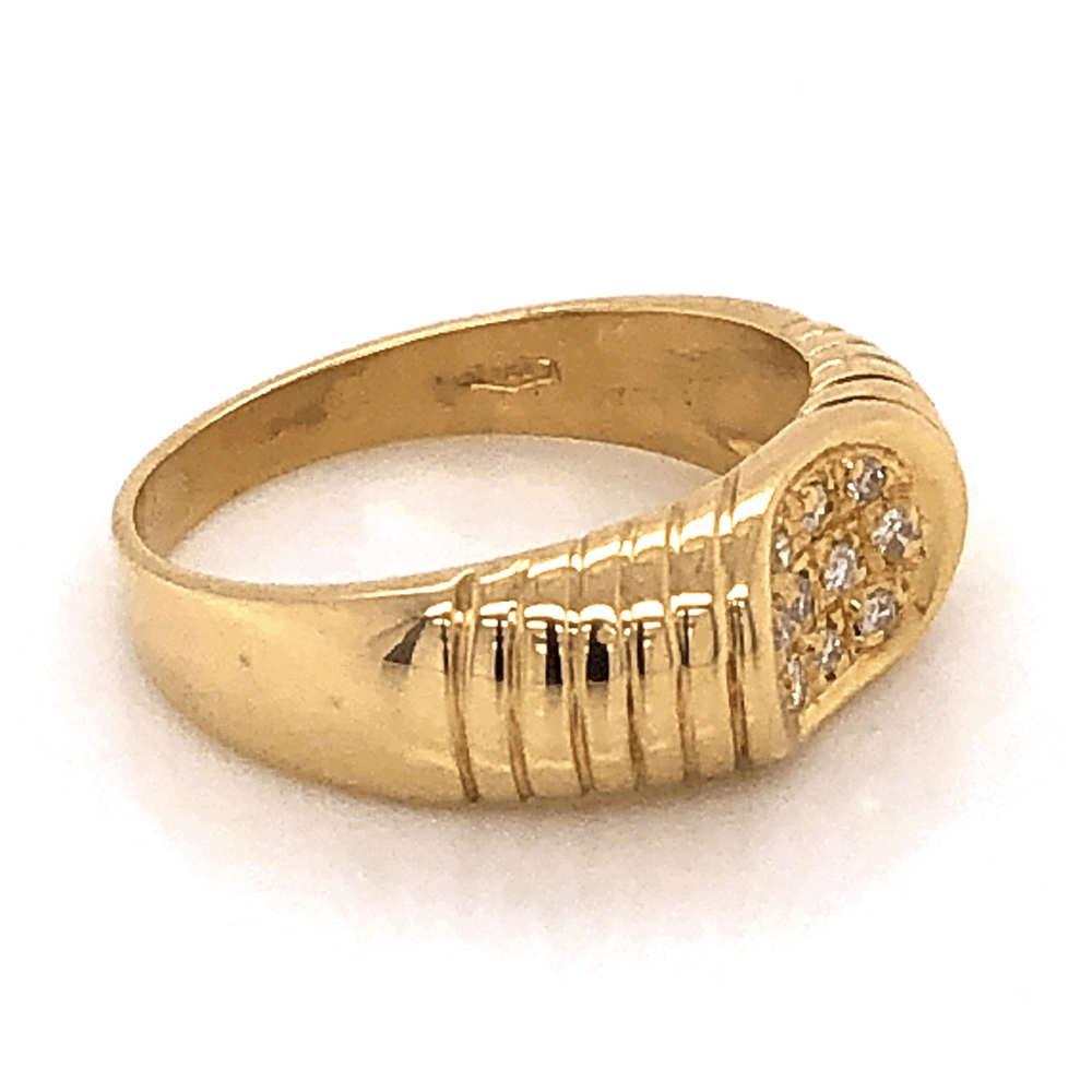 Image 2 for 18K Yellow Gold .16tcw Diamond Ribbed Saddle Ring, s7.5