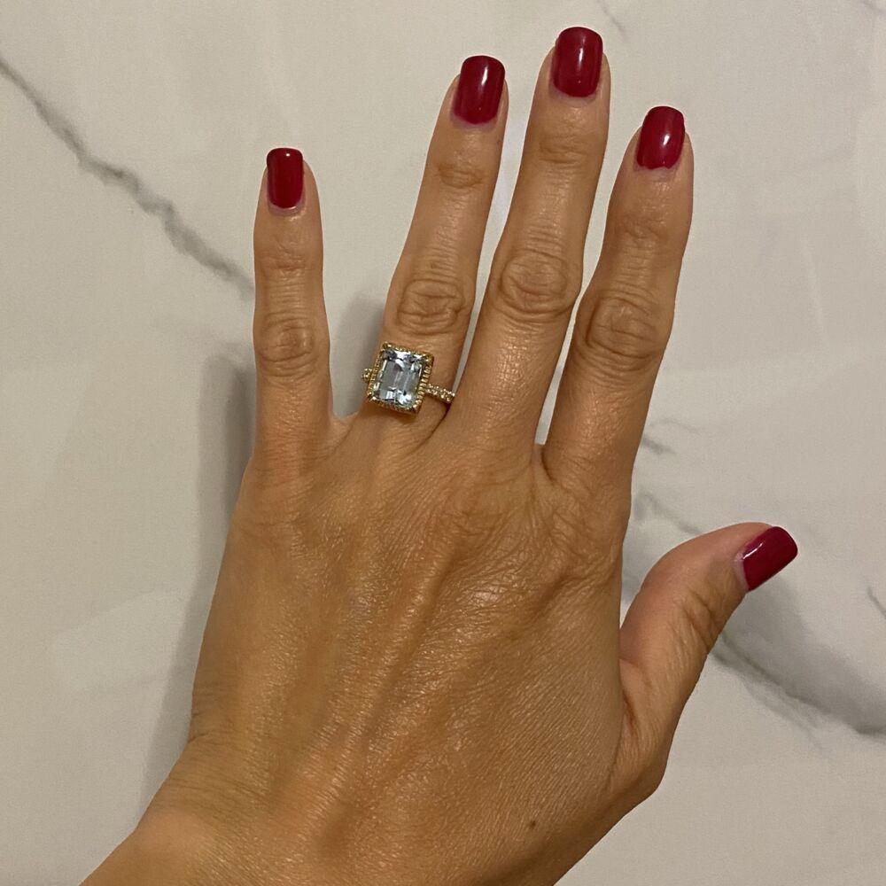 14K Yellow Gold 5.41ct Emerald Cut Aquamarine & .17tcw Diamond Ring