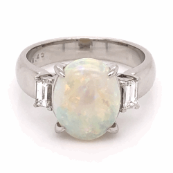 Closeup photo of Platinum 4.00ct Oval White Opal & .43tcw Diamond Ring 10.9g, s8.5