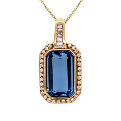 "Closeup photo of 18K Yellow Gold 15ct Aquamarine & 1.50tcw Diamond Pendant c1970, 16"" Chain"
