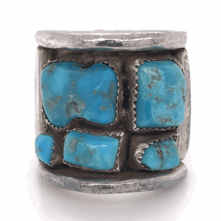 "Closeup photo of 925 Sterling Vintage Native Mens Old Pawn Turquoise Cluster Ring 33.4g, s15, 1.25"" Wide"
