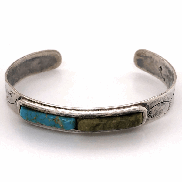 """Closeup photo of 925 Sterling Native Old Pawn Turquoise & Green Stone Cuff Bracelet 16.1g, 3/8"""" Wide"""