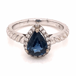 Closeup photo of 18K White Gold .90ct Pear Sapphire & .14tcw Diamond Ring 3.3g, s3.75