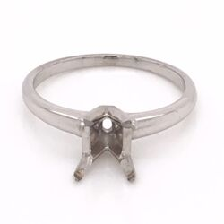 Closeup photo of 14K White Gold Classic Solitaire Semimount 2.5mm shank, 6mm head 2.1g, s6.5