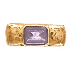 Closeup photo of 925 / 14K Yellow Gold Diane Malouf Hammered Gold Amethyst Ring 10.0g, s6.75