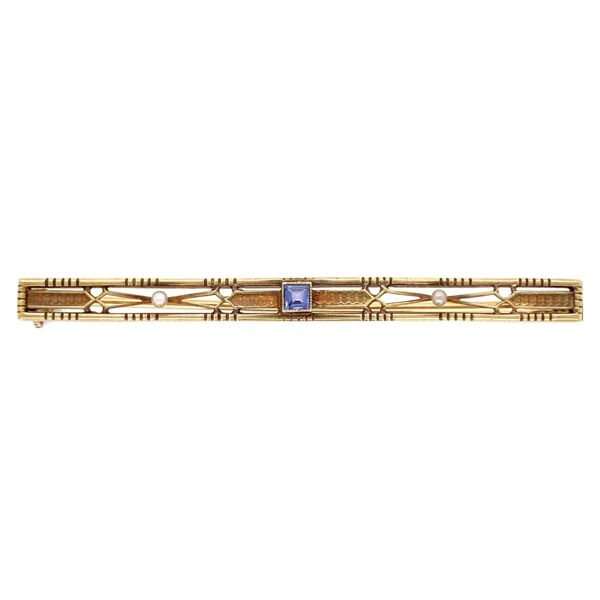 "Closeup photo of 14K Yellow Gold Vintage Bar Pin 3.66g Syn. Sapphire 2.25"" Long"