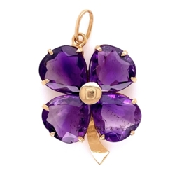Closeup photo of 18K YG Four Amethyst Clover Pendant Charm 2.25g
