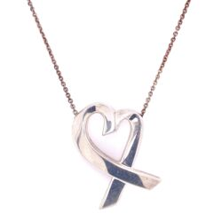 "Closeup photo of 925 Sterling TIFFANY Paloma Picasso Large Heart Necklace 12.9g, 24"" Chain"