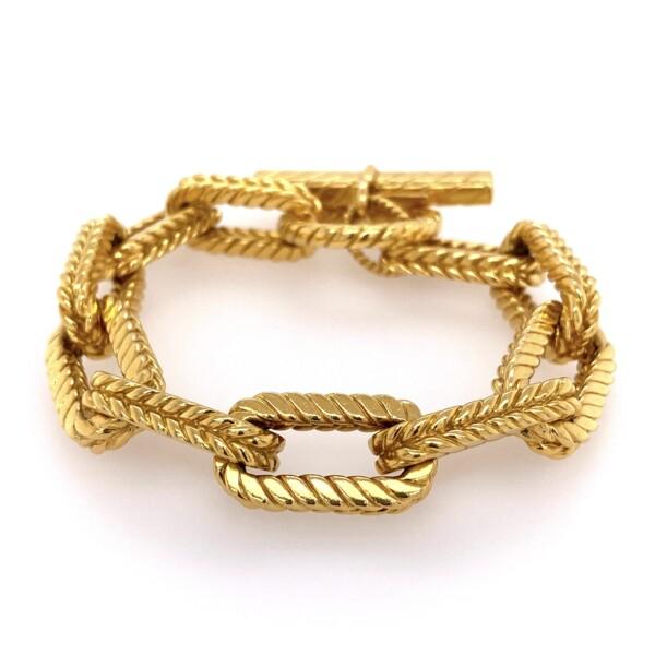 Closeup photo of 18K Yellow Gold Tiffany & Co Link Bracelet