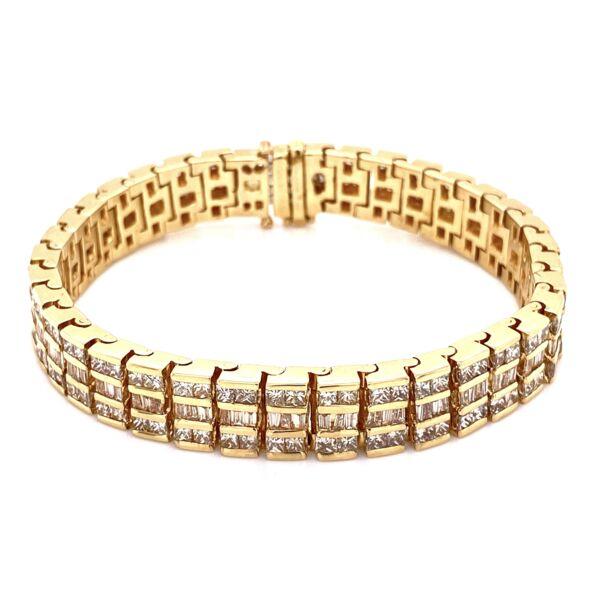 "Closeup photo of 14K YG 3 row 9.00tcw Diamond Bracelet 47.1g, 7"""