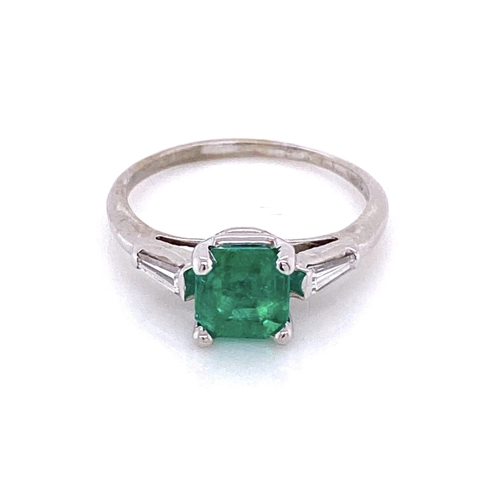 Image 2 for 18K White Gold .99ct Square Emerald with 2 tapered baguettes Ring .10tcw 2.2g, s5.25