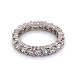 Closeup photo of Platinum Diamond Shared Prong Eternity Band 2.75tcw, s6.75
