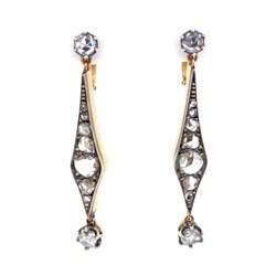 Closeup photo of 18K RG Victorian 1.40tcw Diamond Drop Earrings