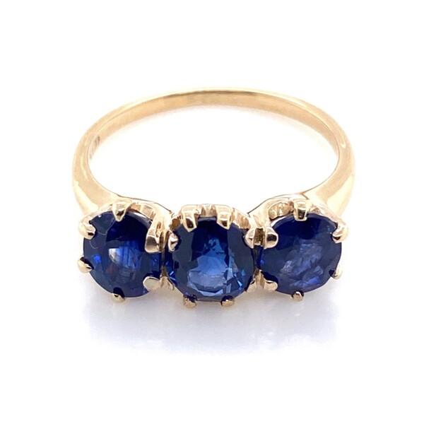 Closeup photo of 14K YG Victorian 3 Stone Sapphire Ring 2.64tcw 2.6g, s5