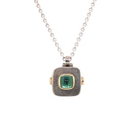 """Closeup photo of 925 Sterling Green Tourmaline Cabochon Necklace 14.1g, 30"""""""