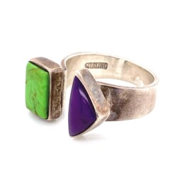 Closeup photo of 925 Sterling MJ Green Turquoise & Sugilite Ring 7.5g, s7.5