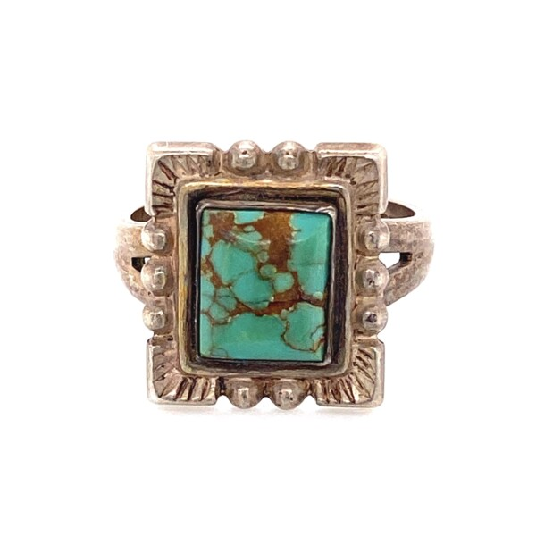 Closeup photo of 925 Sterling Square Turquoise Ring 4.9g