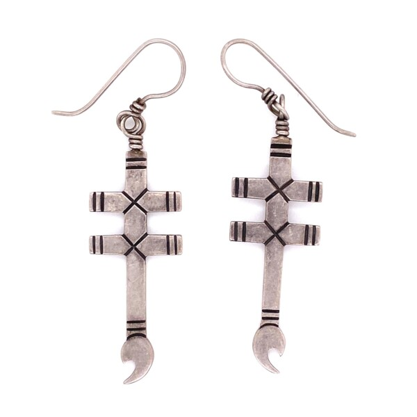 Closeup photo of 925 Sterling Double Cross Wrench Earrings 5.4g