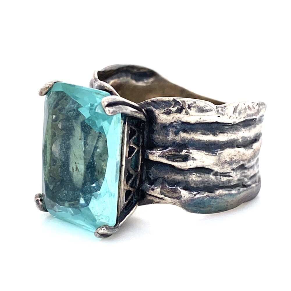 Image 2 for 925 Sterling Rustic Band Ring with 10ct Blue Stone 9.8g, s9