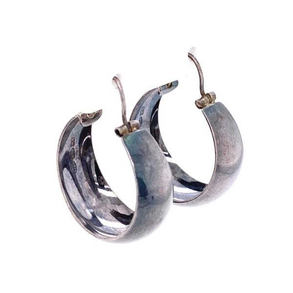Closeup photo of 925 Sterling Italian Tapered Hoop Earrings 6.0g