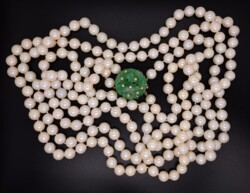 """Closeup photo of 14K YG Double Strand Pearl Necklace, A Jadeite Jade & Diamond Clasp 37"""" with Lab Report"""
