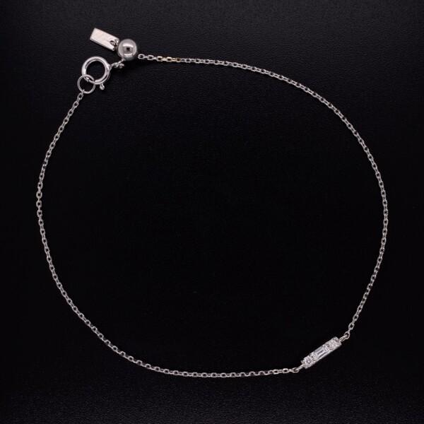 "Closeup photo of 14K WG Baguette Diamond Bar Bracelet 7"""