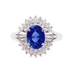 Closeup photo of Platinum 1950's  1.50ct Oval Sapphire & .50tcw Diamond Ring 8.2g, s7.25