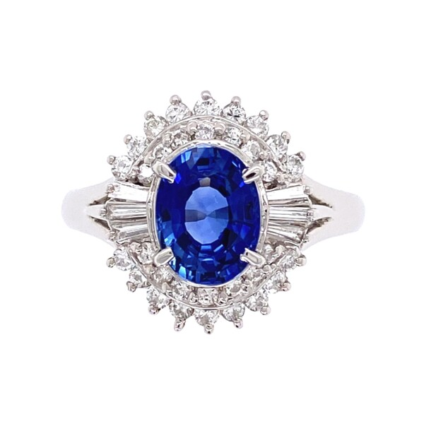 Closeup photo of Platinum 1950's  1.50ct Oval Sapphire & .50tcw Diamond Ring 8.2g, s7.25