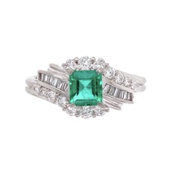 Closeup photo of 1950's Platinum .55ct Emerald & .45tcw Diamond Ring 5.6, s6.25