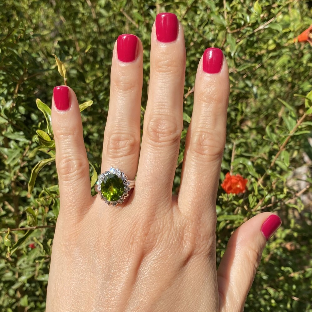 6.37ct Oval Peridot in 1950's Platinum & .73ctw Diamond Ring 12.6g, s7.25