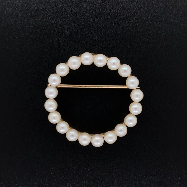 "Closeup photo of 14K YG Seed Pearl Circle Brooch 3.5g, 1.1"" Diameter"