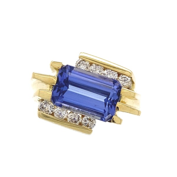 Closeup photo of 18K YG Modern Byass Ring with 4.03ct Tanzanite & .86tcw Diamonds, s7.75