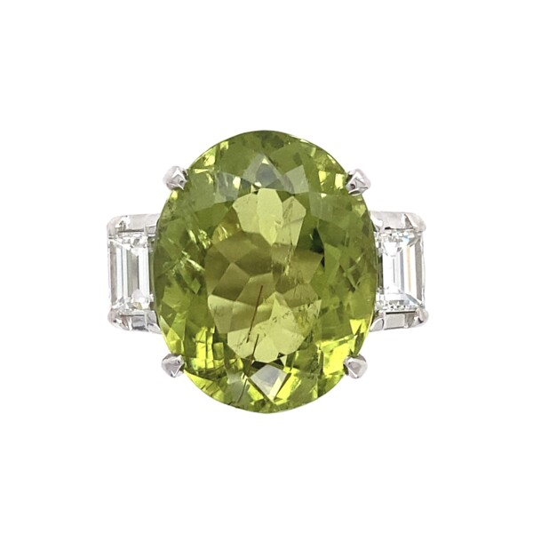 Closeup photo of 12.71ct Oval Green Tourmaline & .90tcw Diamond Ring 16.3g, s6