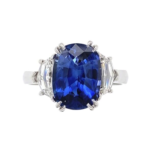 Closeup photo of Platinum 3.83ct Oval Sapphire & Shield Diamond Ring, s6.5