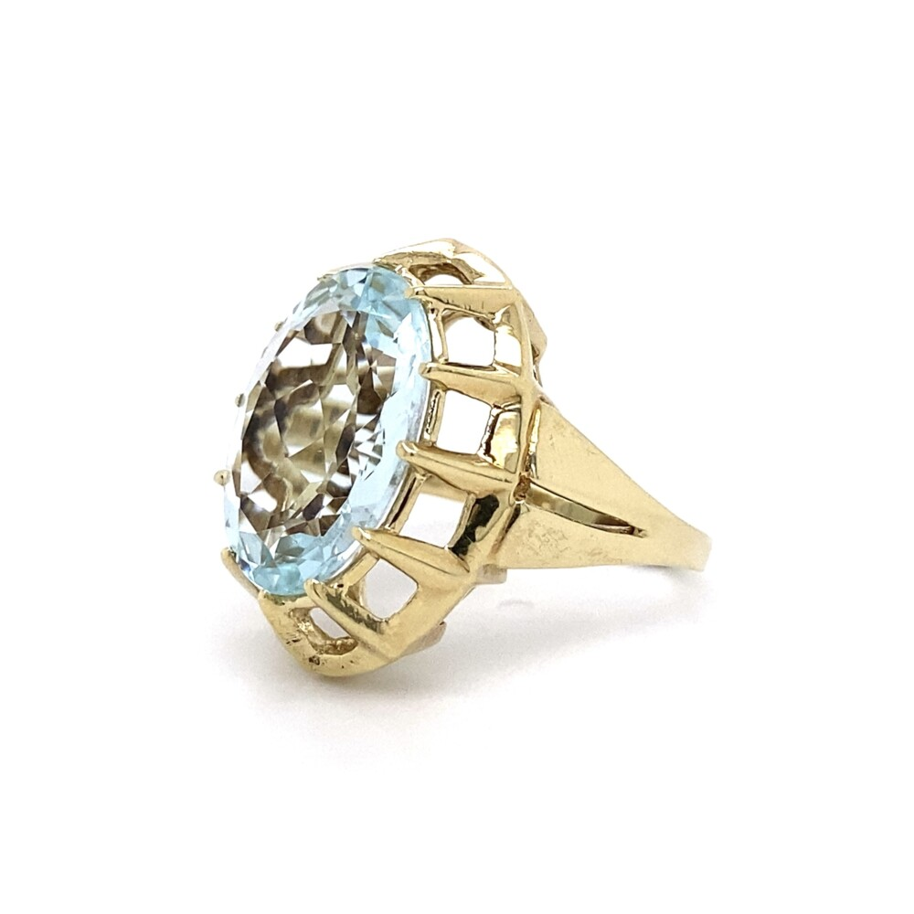 1950's 7.50ct Oval Aquamarine in Open Ring 5.8g, s6