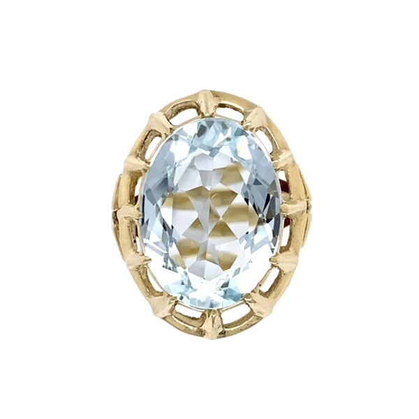 Closeup photo of 1950's 7.50ct Oval Aquamarine in Open Ring 5.8g, s6