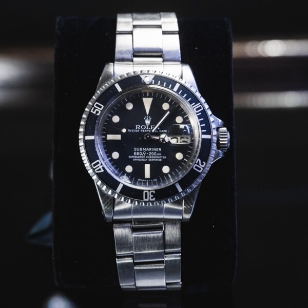 Closeup photo of RARE 1680 Rolex Submariner Steel One Owner CLEAN Full Links