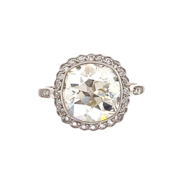 Closeup photo of Platinum 3.54ct Antique Cushion Diamond Ring 4.3g, s6.25