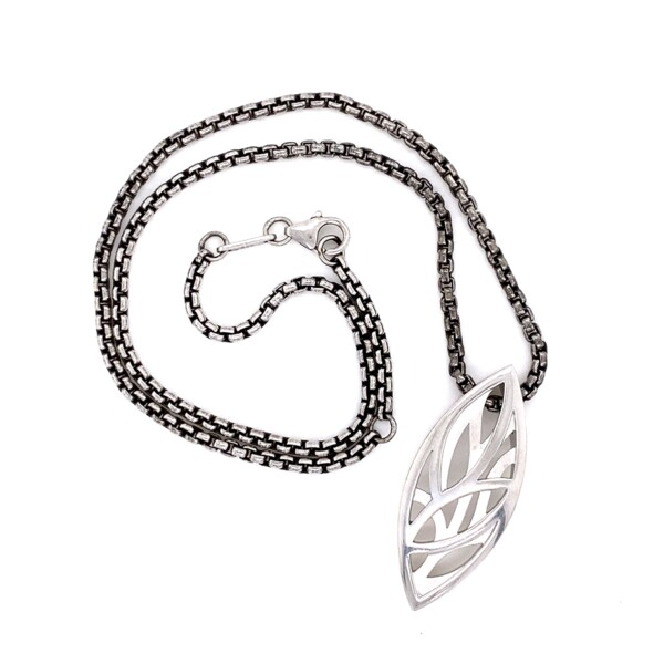 """Closeup photo of 925 Sterling Breuning Marquis Shape Pendant Necklace 21.6g, 18"""""""
