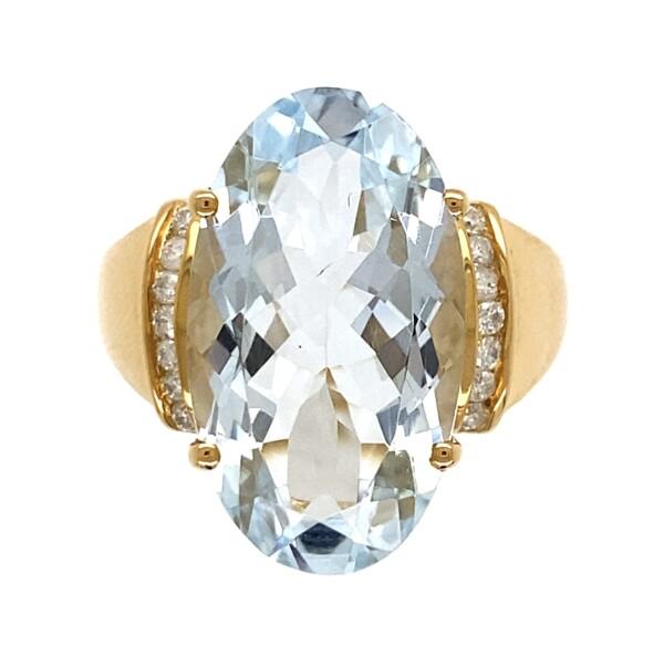 Closeup photo of 14K YG 9ct Oval Aquamarine & .13tcw Diamond Ring 6.1g, s7