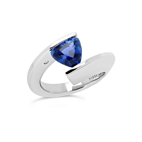 Closeup photo of 2.22 ct. Blue Sapphire set in TWH Ring