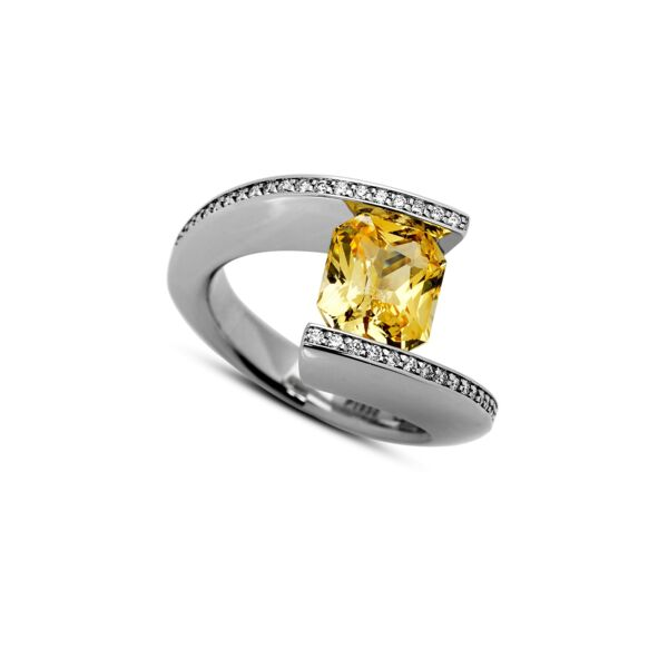 Closeup photo of 3.04 ct. Yellow Sapphire set in TWH Ring