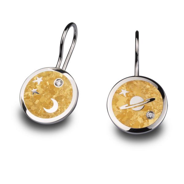 Closeup photo of MoonBeam Earrings