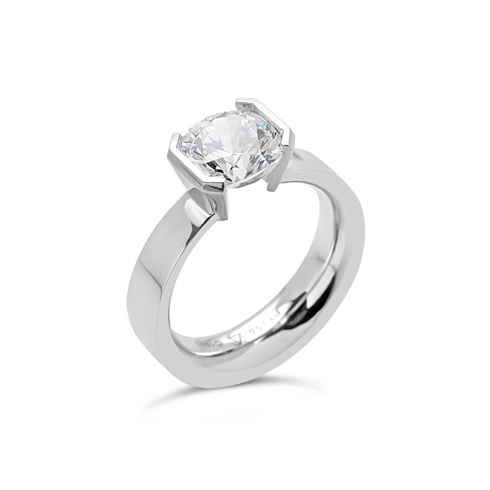 Round Elara ring in 18K White Gold Size 6.5