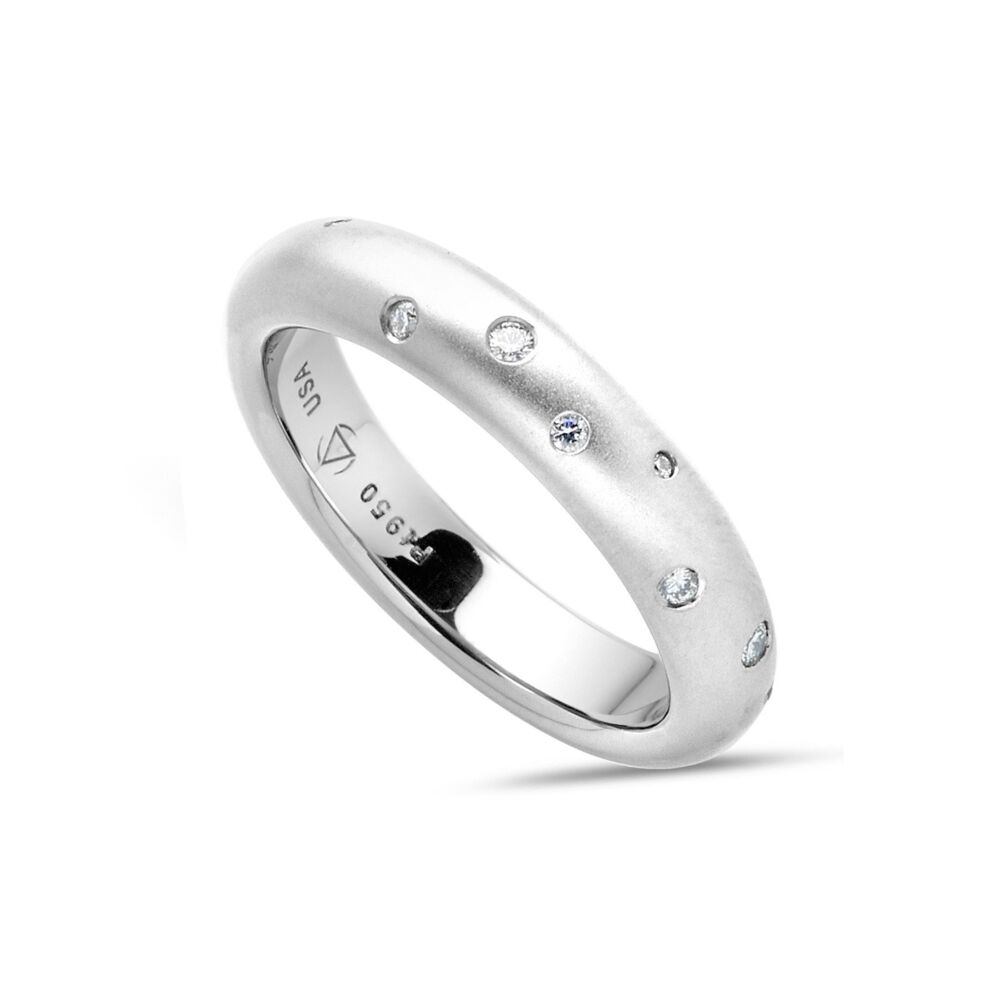 Omega Band in Platinum with Scattered Melee 4mm Size 6.25
