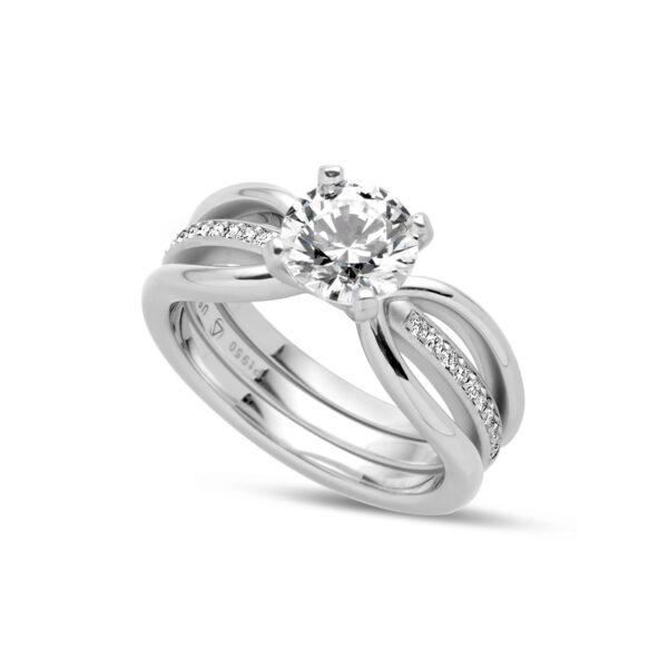 Closeup photo of Eliana Ring in Half Matte Platinum Size 6