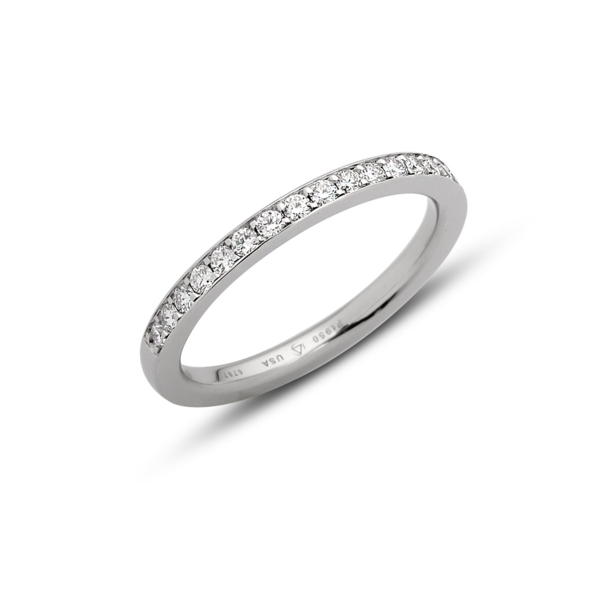 Closeup photo of Celia Band in Platinum with 1.5mm melee Size 6.25